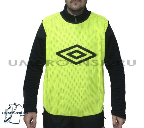 Футбольная манишка Umbro Logo 340118