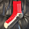 Красные футбольные носки – противоскользящие