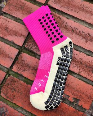 Розовые футбольные носки – противоскользящие