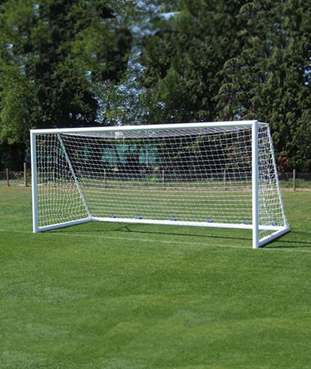 Купить сетку для футбольных ворот 5 на 2 м. Ячейка 100Х100